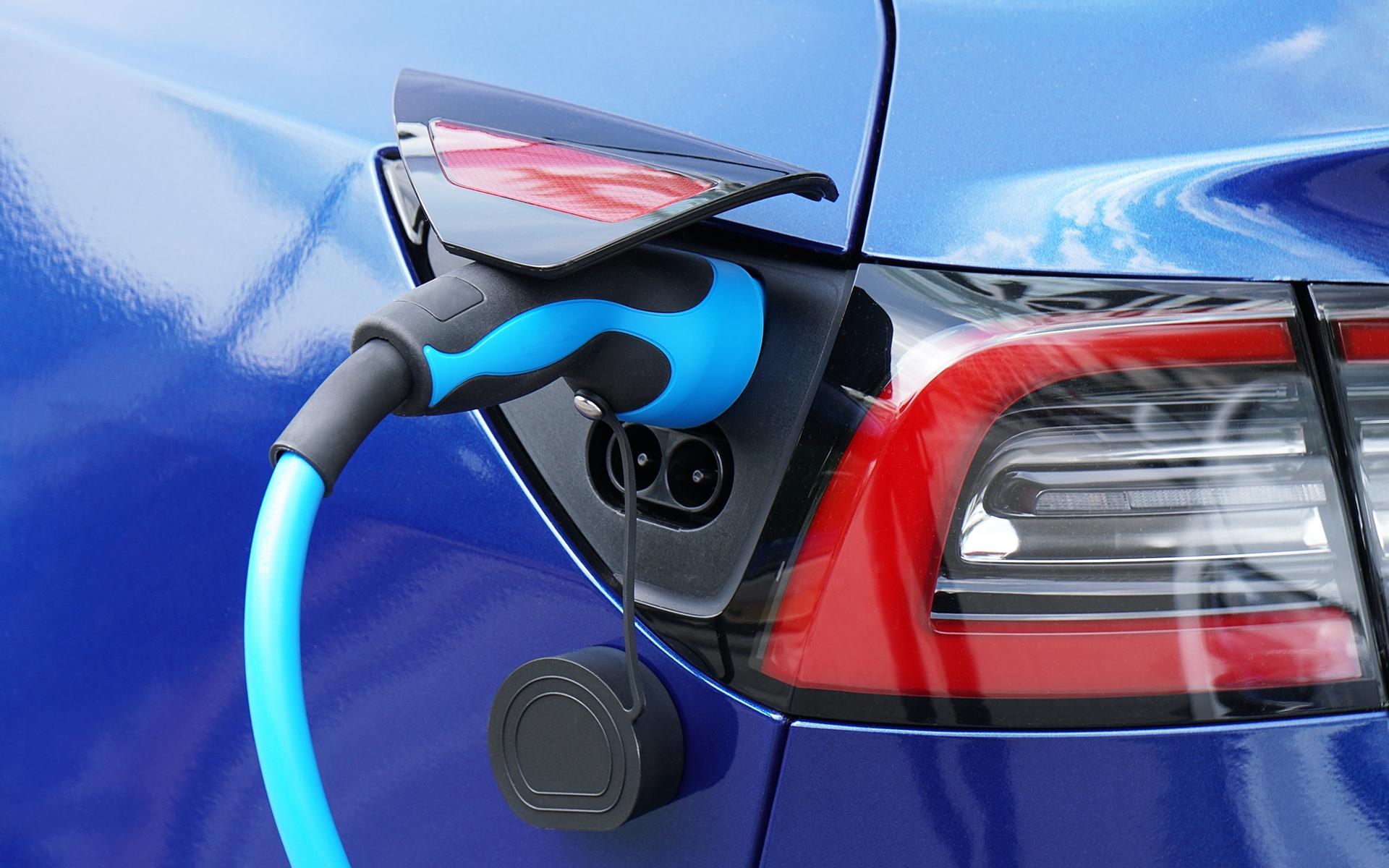 """Featured image for """"EAC Online-Event: Erfolgreich im Marktsegment Brennstoffzellen für Elektrofahrzeuge"""""""